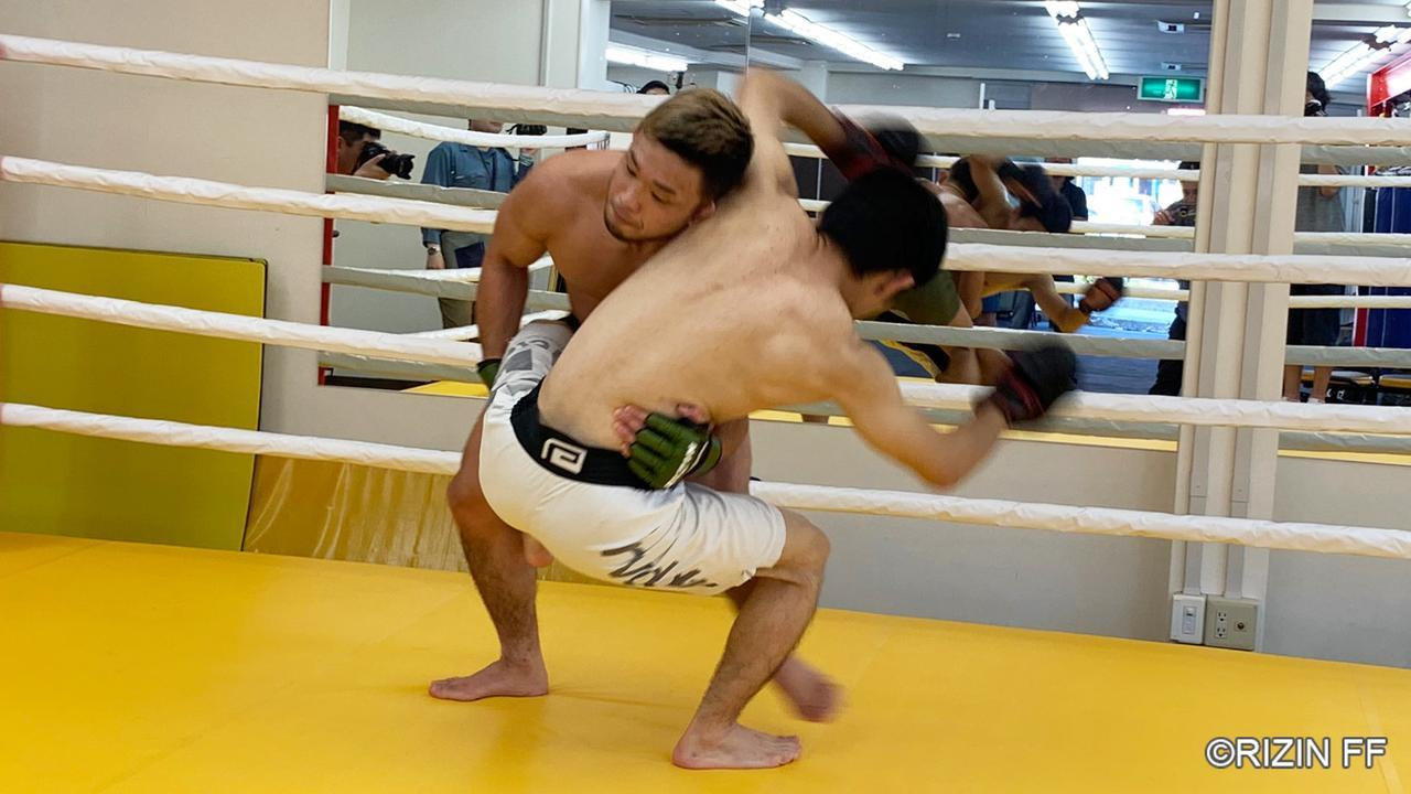 画像2: 「打撃、レスリング、寝技、どれも譲る気はない」RIZIN.17に出場する扇久保博正が公開練習を実施!
