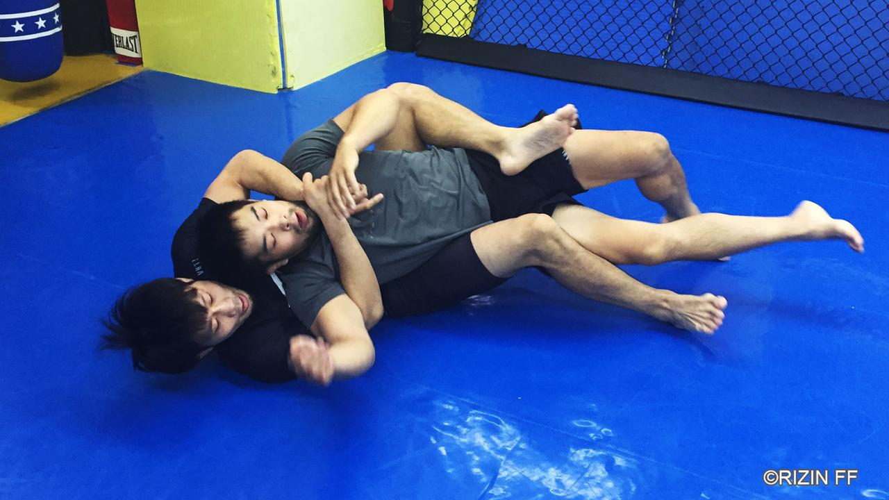 画像2: 「お互い組技同士の選手なので面白い展開になると思います」RIZIN初参戦の中村K太郎が練習を公開!