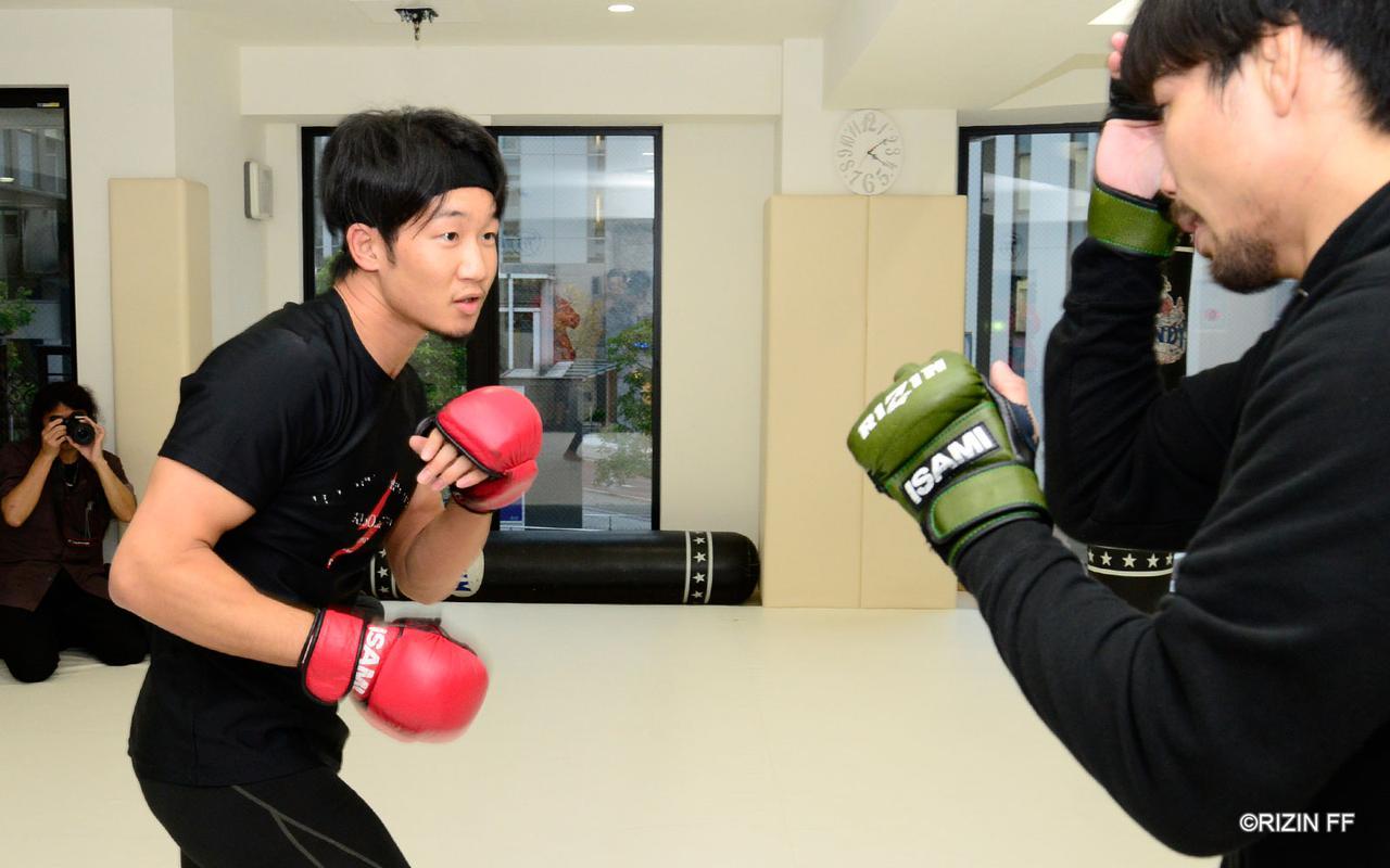 画像4: 朝倉未来「RIZINの強さを証明したい」BELLATOR対抗戦に挑む渡辺・中村・元谷・朝倉の練習を公開!