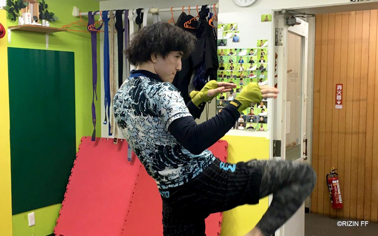 画像1: 「今までバンタム級で見たことのないスピード感を魅せたい」井上直樹の練習を公開!