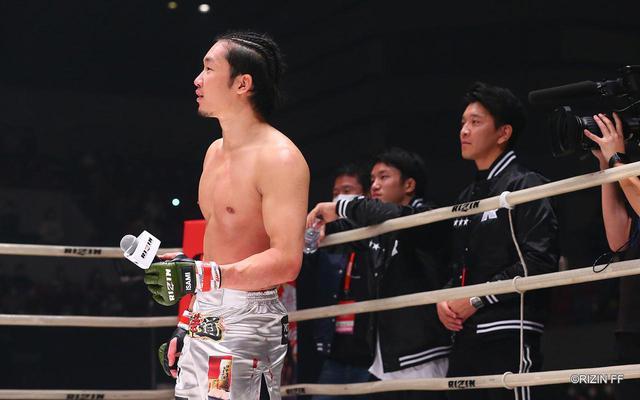 画像: RIZIN.21 浜松大会で朝倉未来のセコンド陣も着用