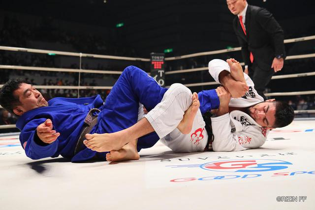 画像: 【試合結果】RIZIN.21 第5試合 ホベルト・サトシ・ソウザ vs. チーム中井 - RIZIN FIGHTING FEDERATION オフィシャルサイト