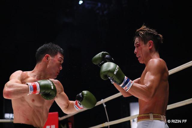 画像1: 【試合結果】RIZIN.22 - STARTING OVER - 第5試合/江幡塁 vs. 植山征紀 - RIZIN FIGHTING FEDERATION オフィシャルサイト