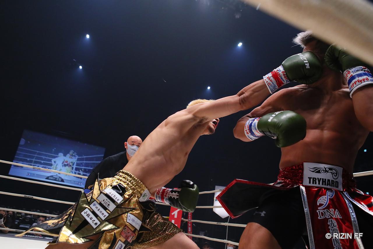 画像1: 【試合結果】RIZIN.23 - CALLING OVER - 第6試合/原口健飛 vs. 大雅 - RIZIN FIGHTING FEDERATION オフィシャルサイト