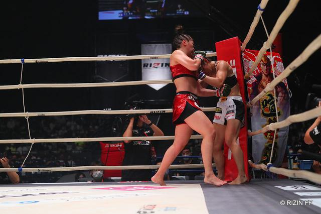 画像: 【試合結果】Yogibo presents RIZIN.24 第5試合/RENA vs. 富松恵美 - RIZIN FIGHTING FEDERATION オフィシャルサイト