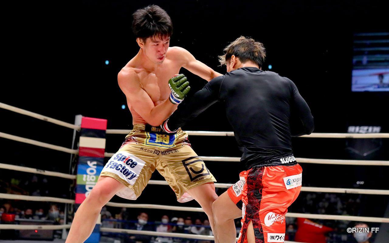 画像2: 蹴りのバリエーションを持つ瀧澤と総合力で応える金太郎