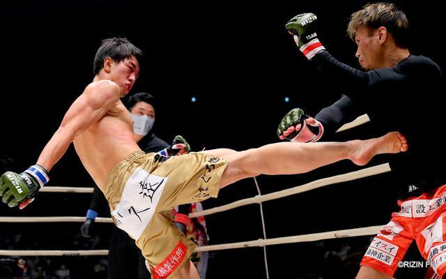 画像5: やられたら蹴り返す!ポイントは瀧澤の右の蹴り