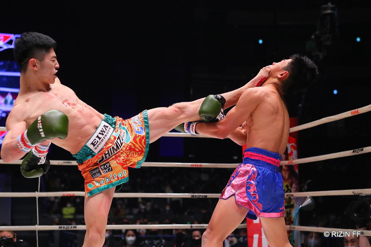 画像: 【試合結果】Yogibo presents RIZIN.26 第6試合/吉成名高 vs. ペットマライ・ペットジャルーンウィット - RIZIN FIGHTING FEDERATION オフィシャルサイト