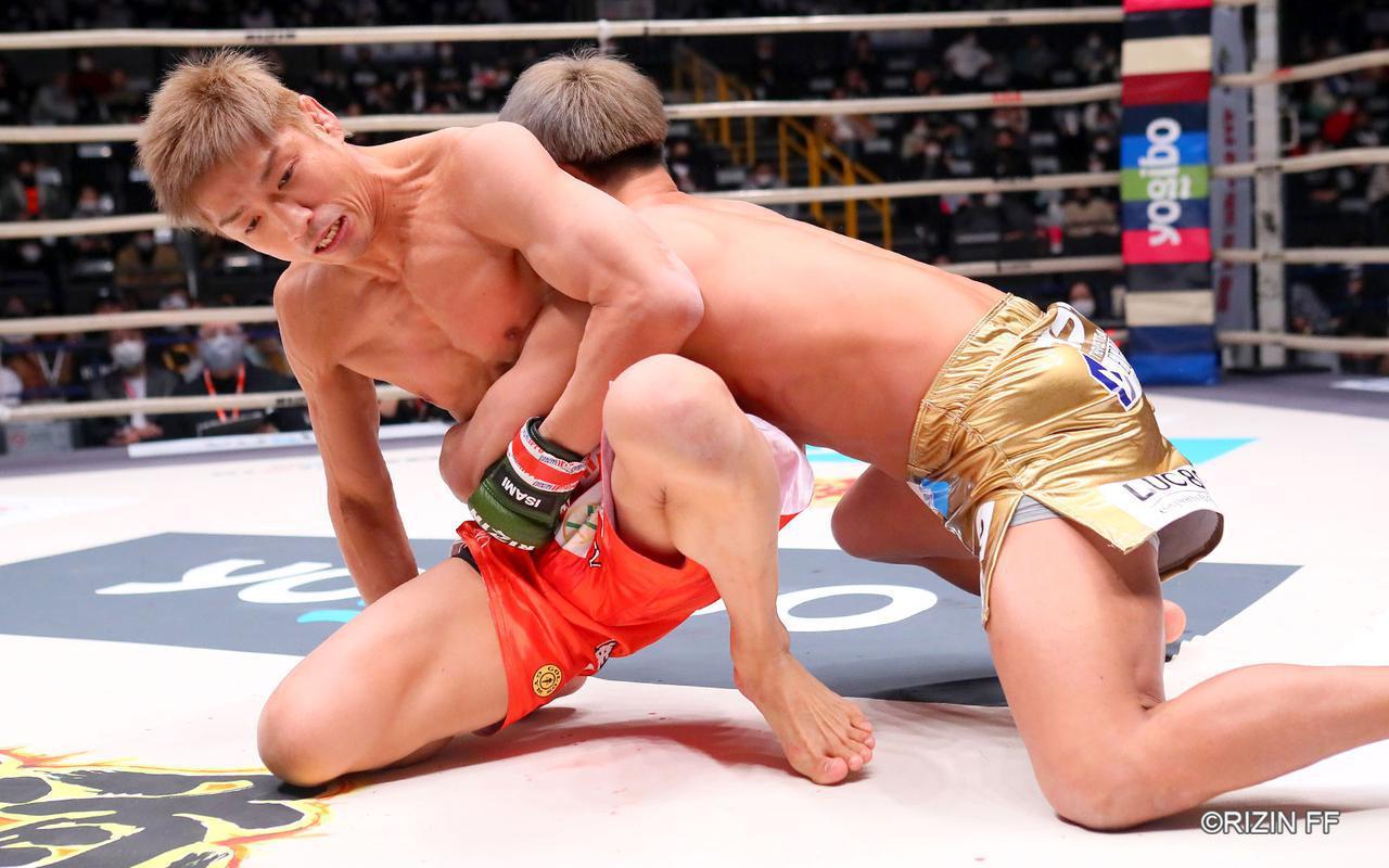 画像3: まさに異種格闘技戦?!寝技の所vs.レスリング太田の攻防