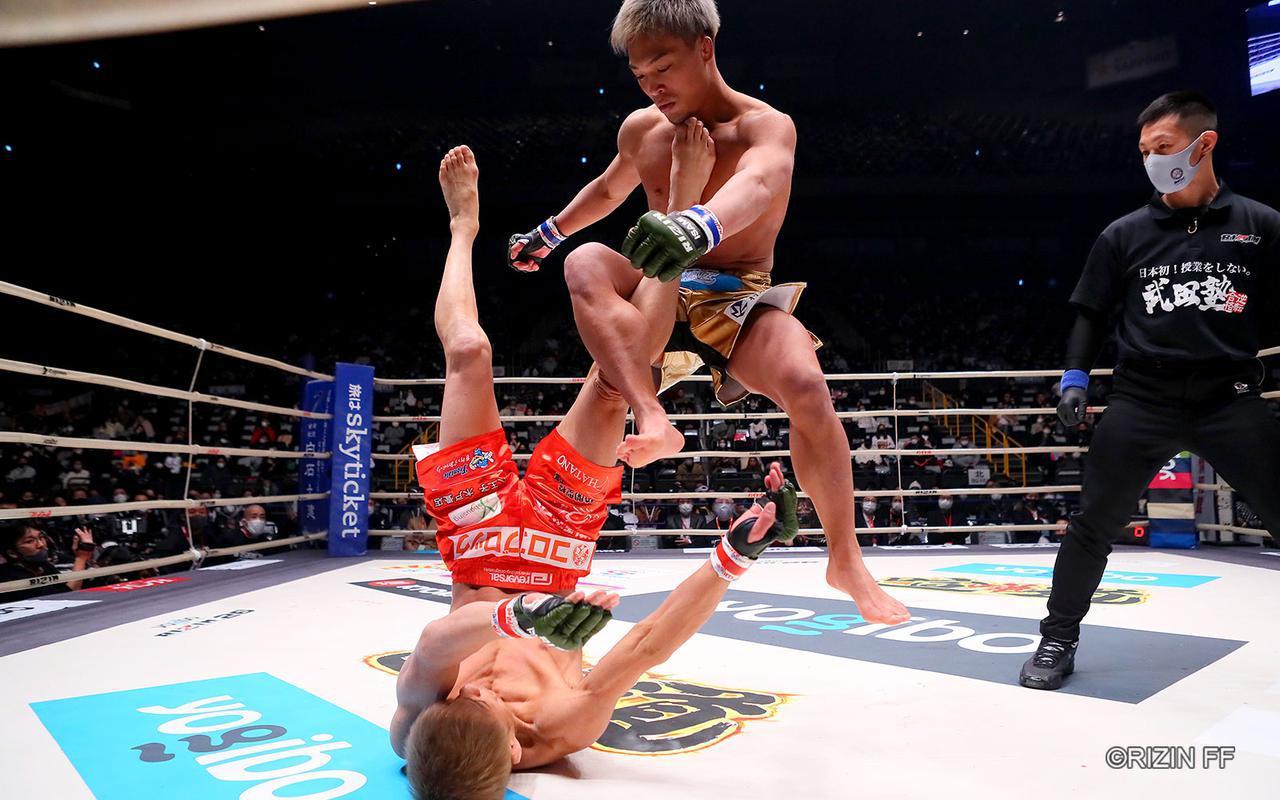 画像2: まさに異種格闘技戦?!寝技の所vs.レスリング太田の攻防