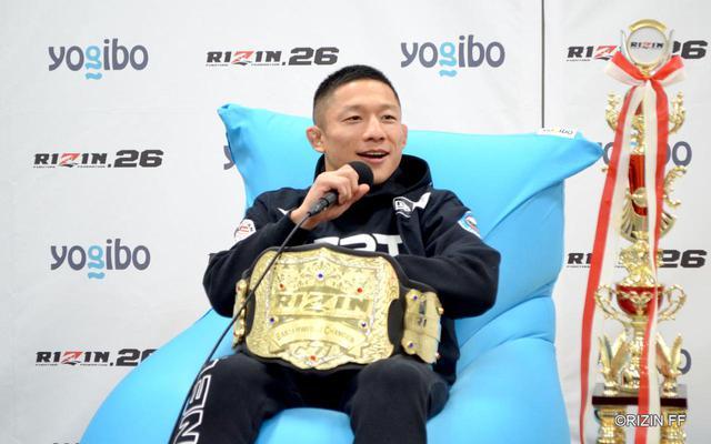 画像: 2020年12月31日 Yogibo presents RIZIN.26 堀口恭司 試合後インタビューの様子