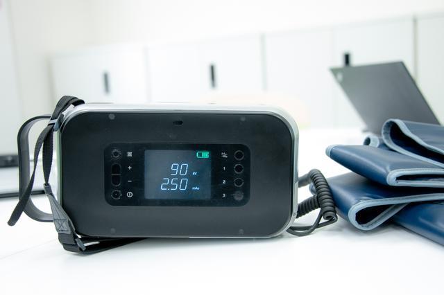 画像: 在宅医療のプロセスを変える携帯型X線撮影機