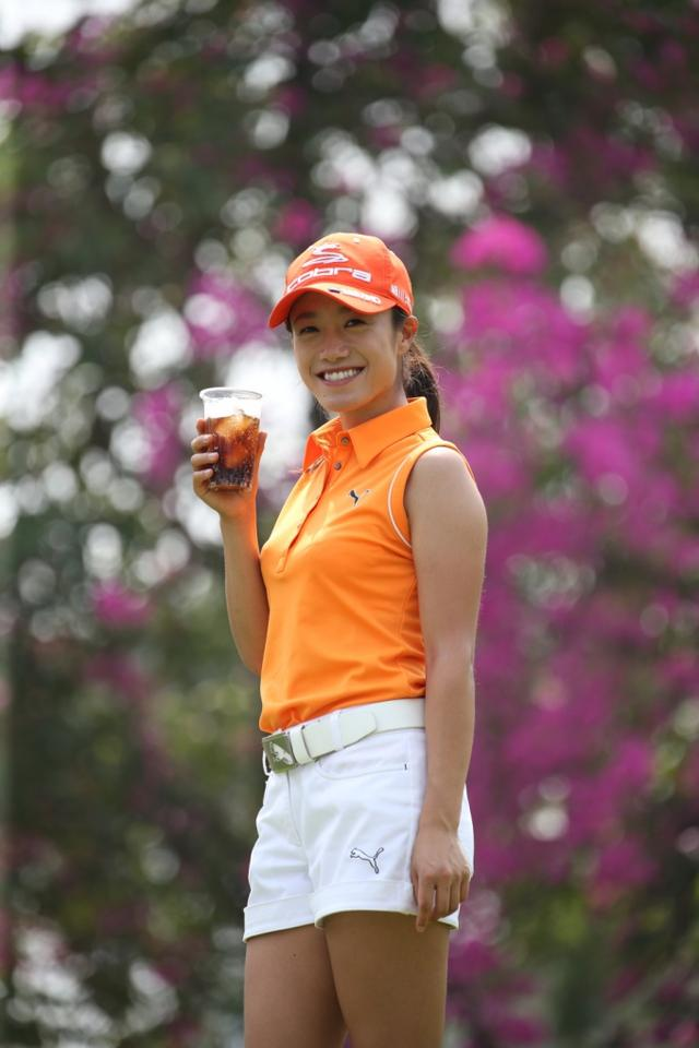 画像: 「勝負カラーはオレンジとピンク。自分好みの色のウェアをオーダーしています」ファウラーみたいでかっこいい!