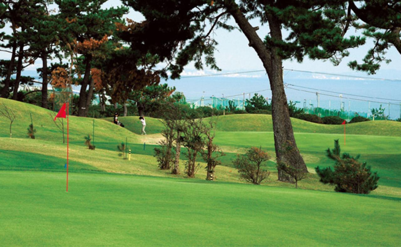 画像: 波音を聞きながらプレー大磯ゴルフコース - みんなのゴルフダイジェスト