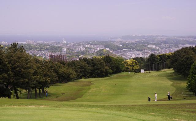 画像: 振り返れば横須賀の街が一望!葉山パブリックゴルフコース - みんなのゴルフダイジェスト