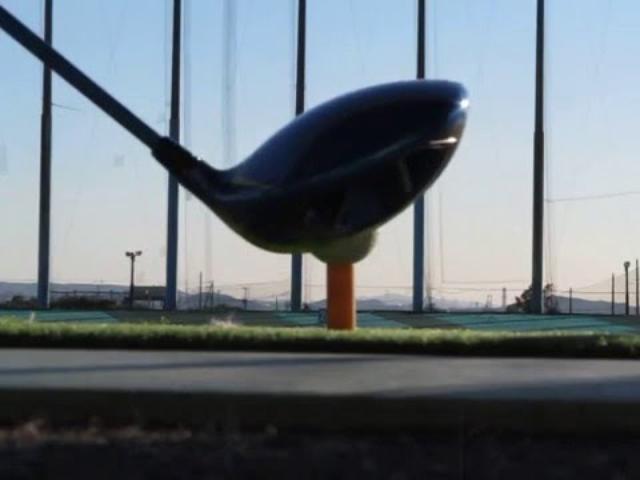 画像: みんなのゴルフダイジェスト「全力試打!ギア王」ナイキ ヴェイパーフライドライバー www.youtube.com