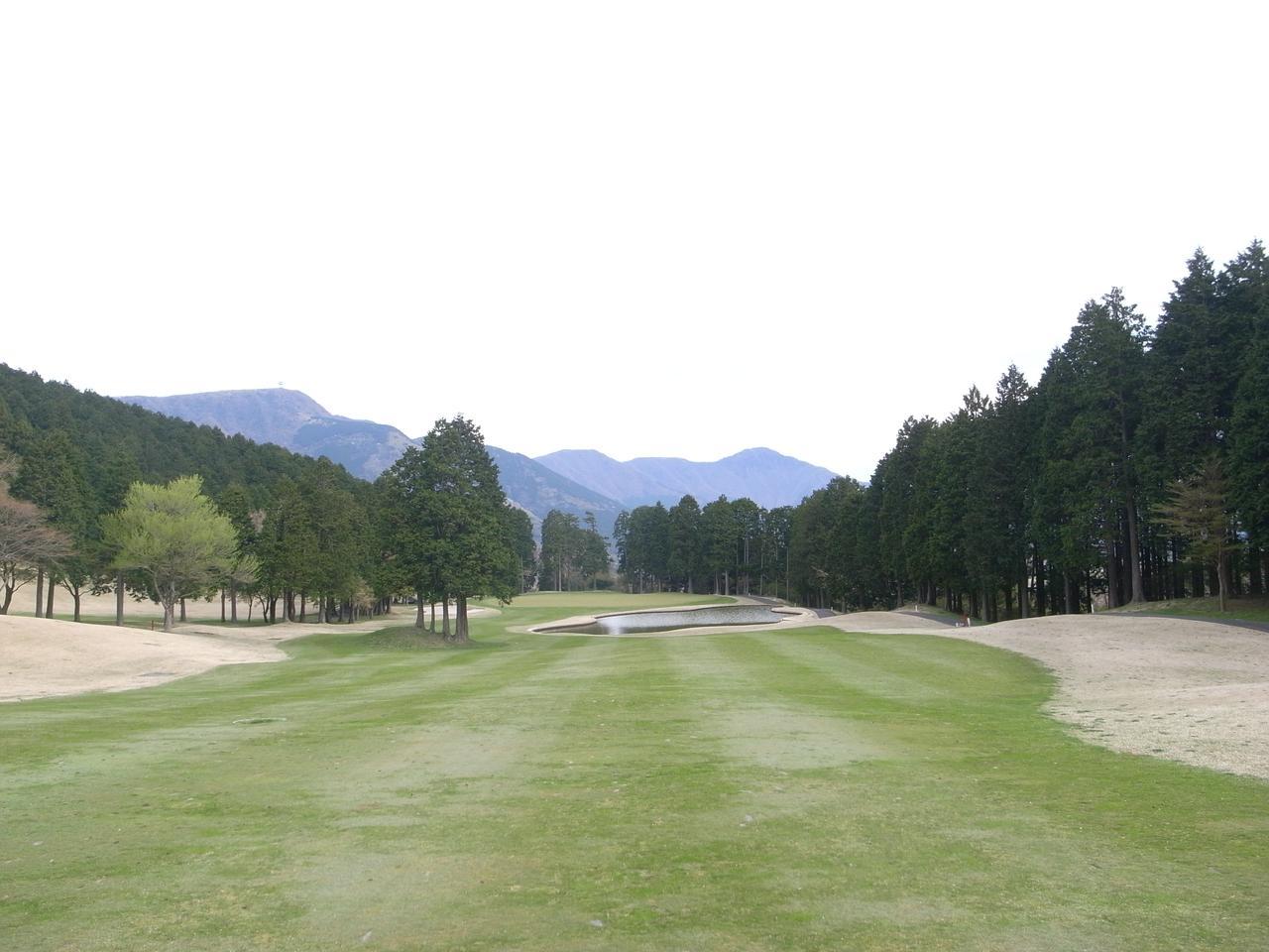 画像1: 「100選」認定第1号は 箱根湖畔ゴルフコース