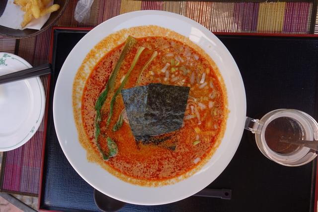 画像: タンタンメン。激ウマです。こちらは寒い時期限定メニューだそうですが、スープは冷たくてもイケそうなので、支配人さんに「夏もぜひ!」と強烈プッシュしておきました。