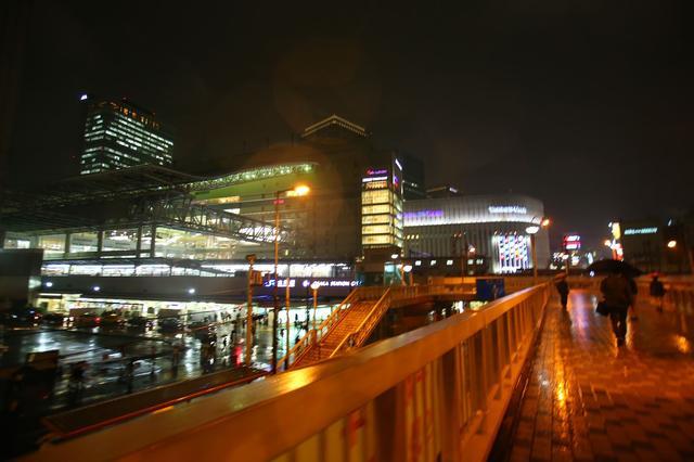 画像: 「大阪ぁ~の夜はぁ~~かなぁ~しー…」ベタですが歌いたくなっちゃいます。