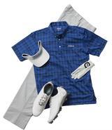 画像: 同系色のチェックがさりげなく技アリのポロシャツ。シンプルなパンツに合わせたいコーディネート