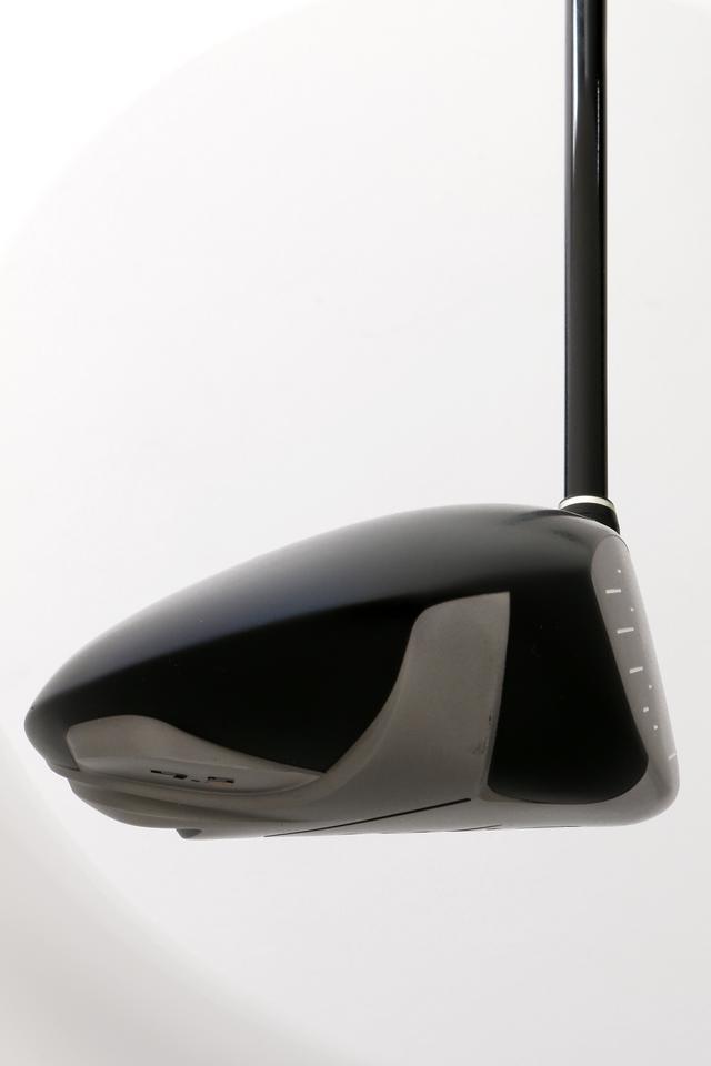 画像4: 6代目「新・ゼクシオ」 2010年発売/460 cc/46インチ ●低・深重心を確立する ●シャフトのデザインも工夫された