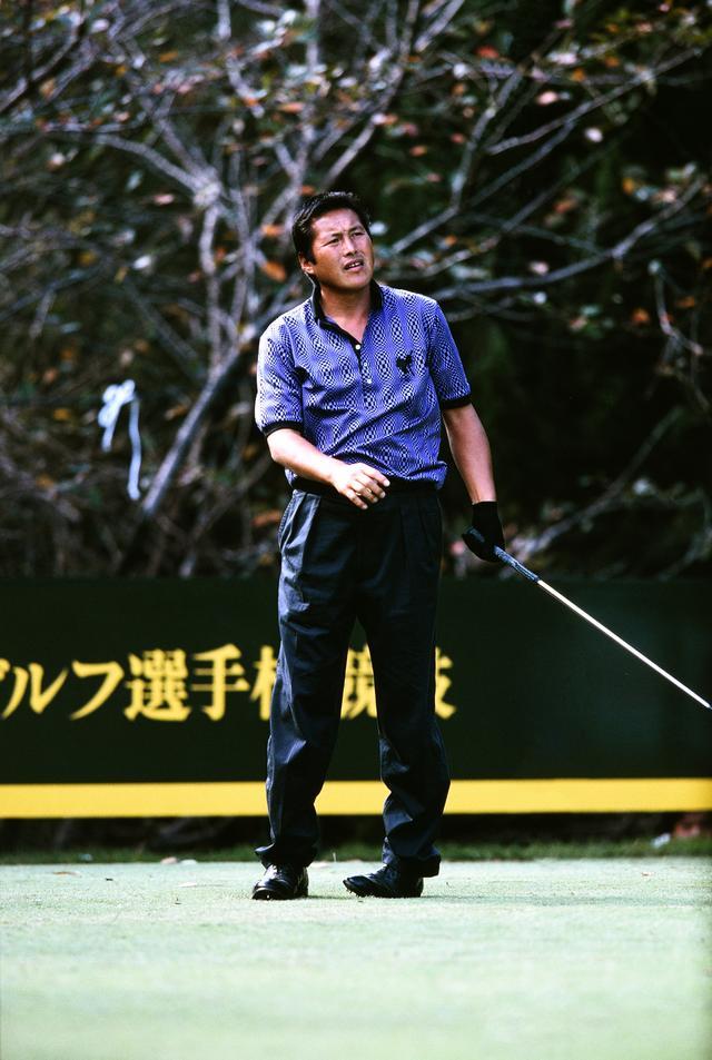 画像: さあここからだ。尾崎は18番ティでさらに精神を集中させた