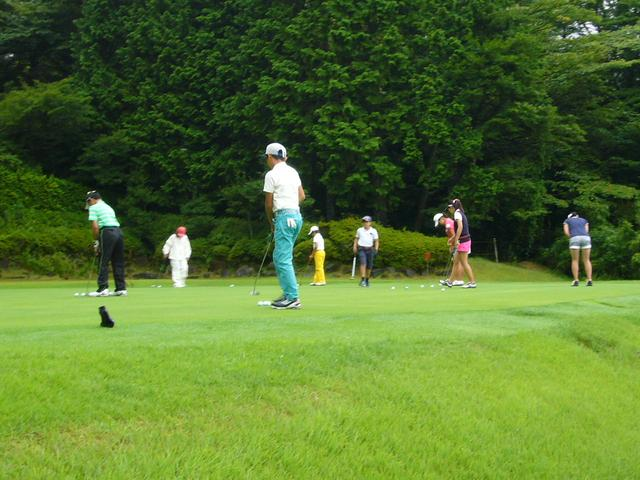 画像: たくさんのジュニアゴルファーが参加。