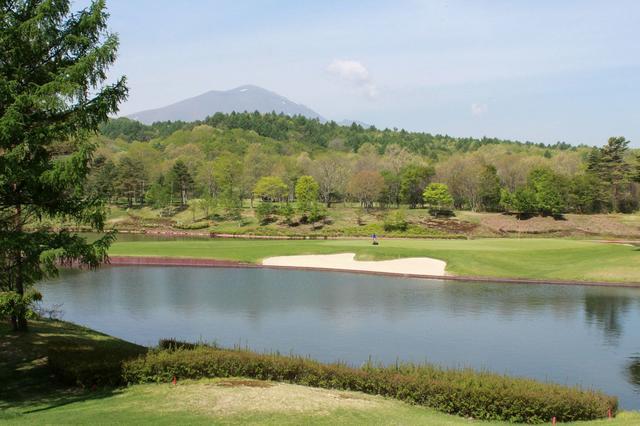 画像: ●軽井沢高原ゴルフ倶楽部 18H・6611Y・P72 季節の花が咲き乱れる美しいリゾートコースです。 reserve.golfdigest.co.jp