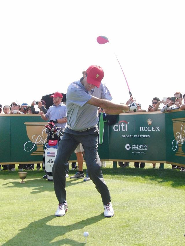 画像4: バッバ・ワトソンのココが凄い! PGAツアー スウィング超解説⑦