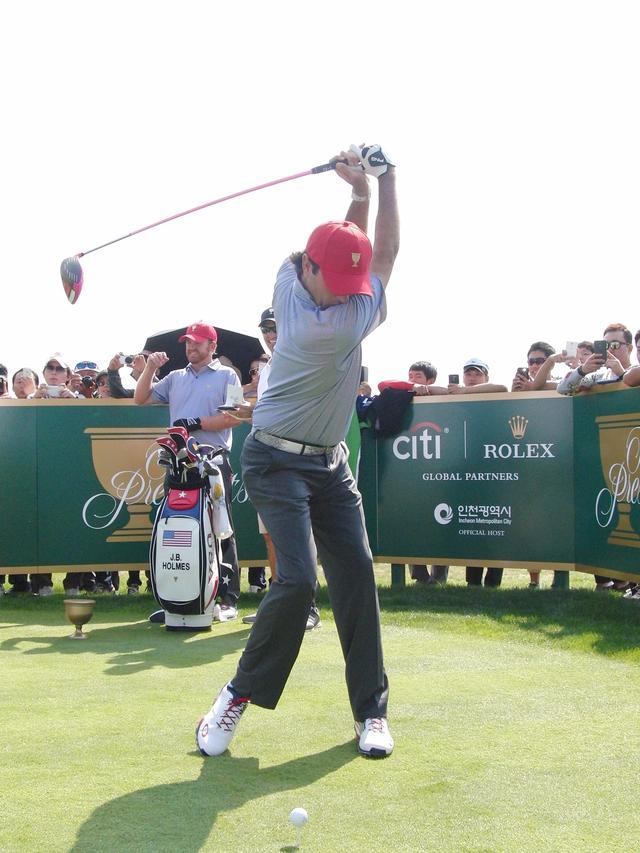 画像3: バッバ・ワトソンのココが凄い! PGAツアー スウィング超解説⑦