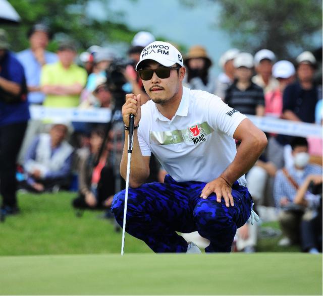 画像: 「過酷な訓練に比べたら、ゴルフの方がずっとラク」