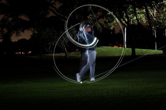 """画像: ミッドナイト・マスターズ?? 超一流選手たちによる""""夜ゴルフ"""""""
