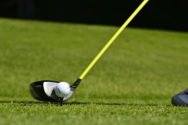 画像2: 飛んで止まる!究極のボールに、今再び急接近 その④「ディンプルで15~20ヤード飛距離が伸びた」
