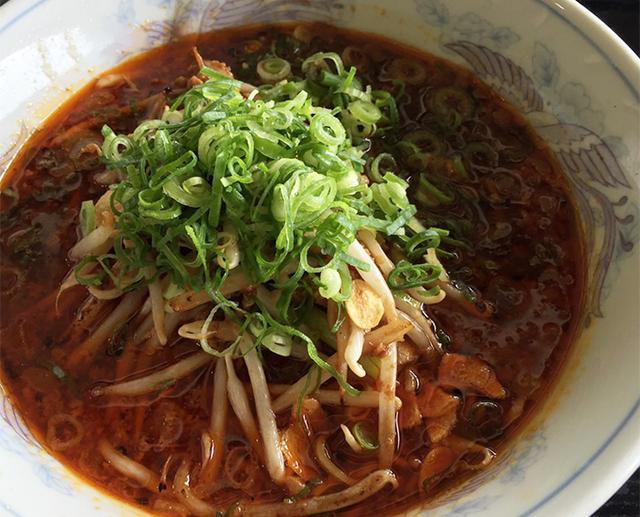 画像: 真っ赤なスープがクセになる!台湾ラーメン@JFE瀬戸内海ゴルフ倶楽部 - みんなのゴルフダイジェスト
