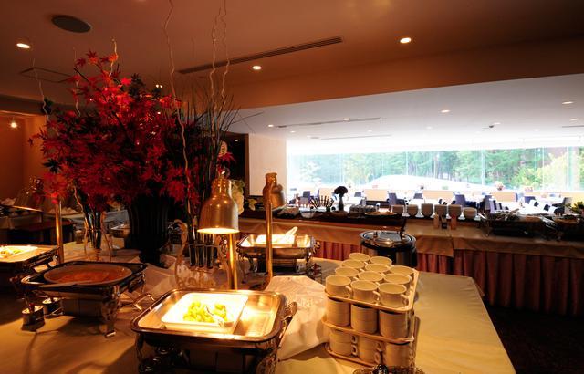 画像: 落ち着いた雰囲気でゆったり過ごせるレストラン