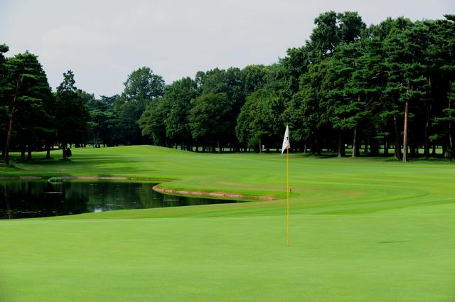 画像: 狭山ゴルフ・クラブ。昭和36年4月7日開場。オリジナル設計は小寺酉二。竹村秀夫が2グリーンへ、川田太造氏によりベントの2グリーンへ改造。2016年の日本オープンの舞台。