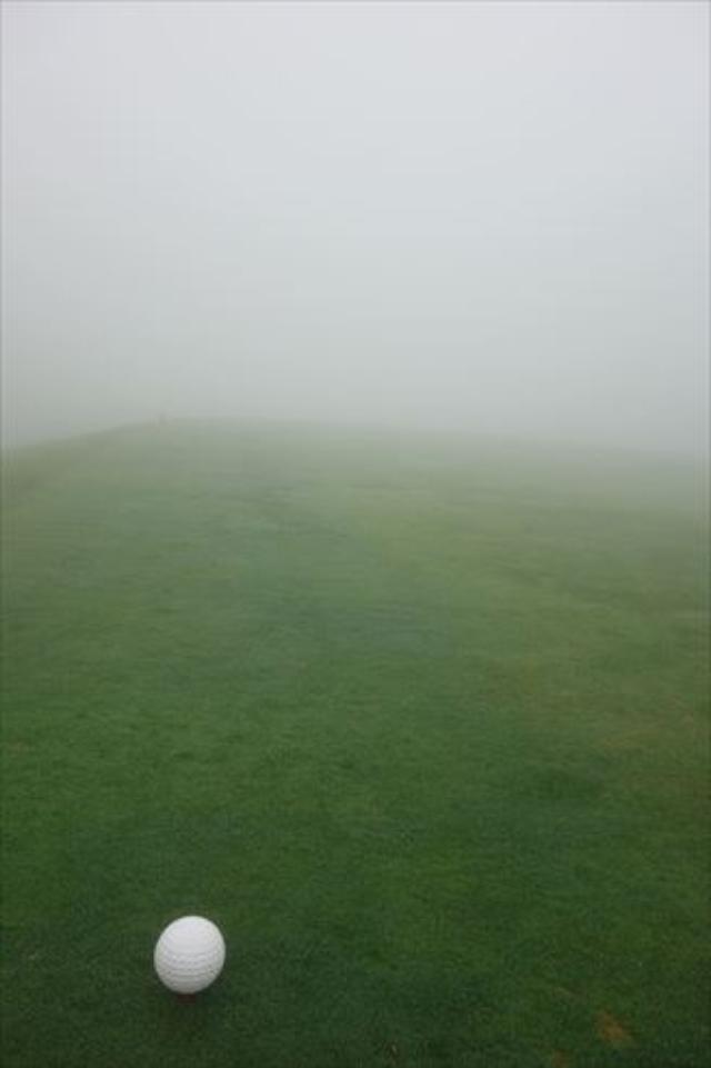 画像2: 霧のゴルフ、実は良い練習になる?