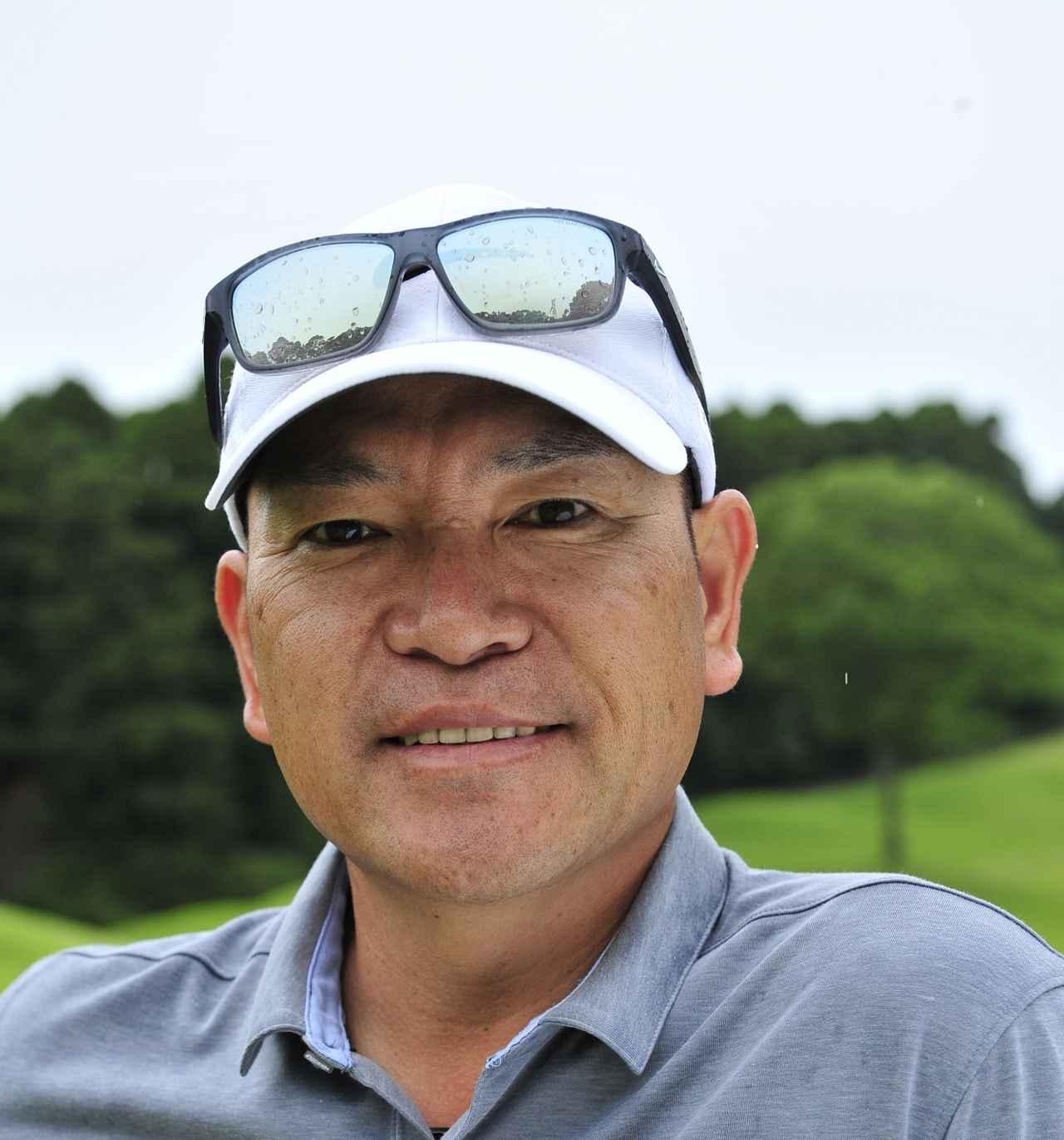 画像: つるみ・こうき。2002年に日本人初の英国PGAディプロマを取得。大山志保をはじめ、多くのプロを鍛え上げた。千葉県のカレドニアン・ゴルフクラブで「鶴見功樹ゴルフアカデミー」を開校中