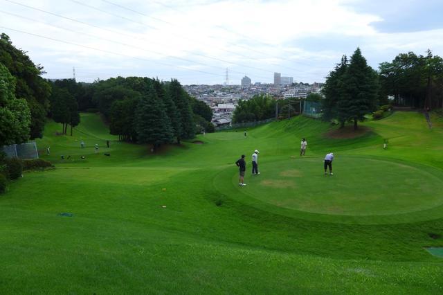 画像: 4オーバー、上位8人が決勝へ! ショートコース選手権「関東B予選」@羽根沢GC - みんなのゴルフダイジェスト