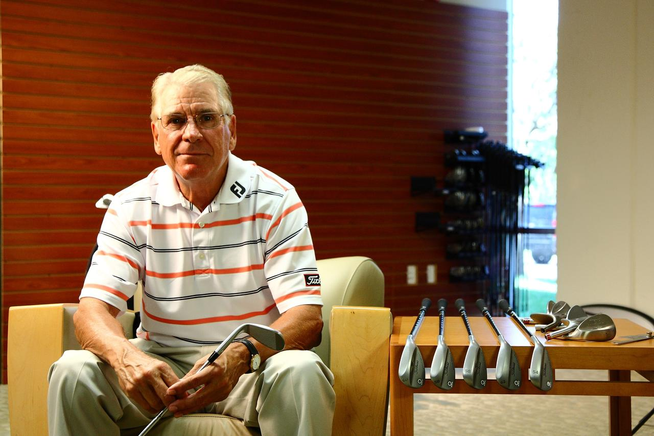 画像: Bob Vokey(ボブ・ボーケイ)。言わずと知れたウェッジの名匠。マスタークラフトマンとして、多くのPGAツアー選手にウェッジを供給する