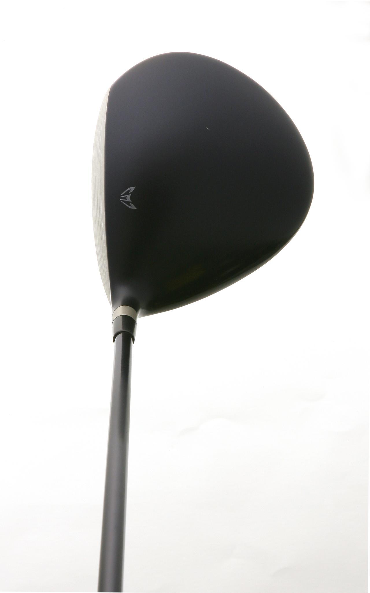 画像: ミズノ・JPX800 ヘッド後方に頂点があるため、芯とボールの位置が一致しやすく、構えやすい