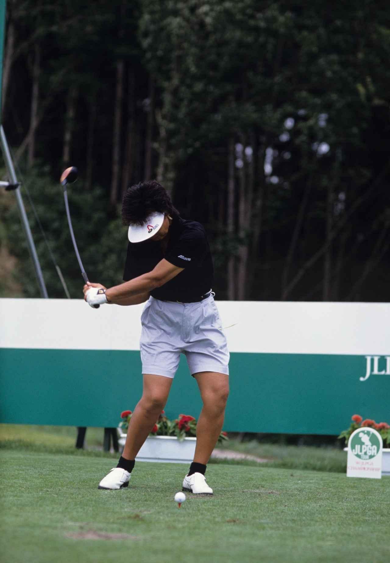 画像2: 【写真の記憶】(14)岡本綾子 もう一度打ちたかった72ホール目のバーディパット