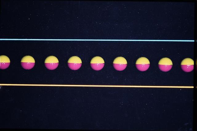 画像2: ボールが一定の向きで 転がるヘッド軌道