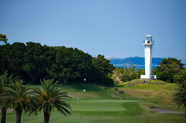 画像1: 【目指せ!ゴルフの雑学王】新婚旅行でマリリン・モンローと「川奈ホテル」に訪れたのは誰?