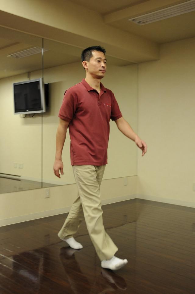 画像: ◎胸を張って歩こう