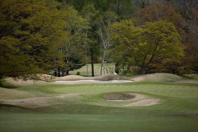 画像: 旧軽井沢ゴルフクラブ(12H・3986Y・P48)軽井沢ゴルフ発祥の地だ。