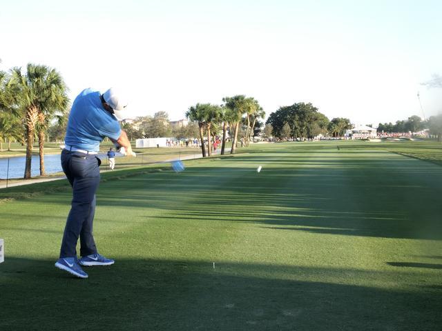画像: マキロイのドライバーショットが「右プッシュ」して見える理由 - みんなのゴルフダイジェスト