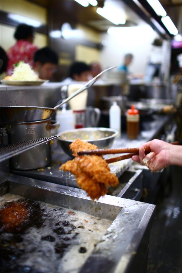 画像2: 【動画】今日はじめて「キッチン南海」でカツカレー食べたんですけど…