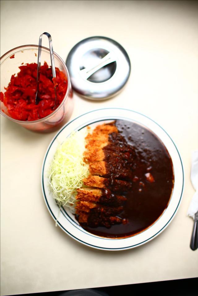 画像5: 【動画】今日はじめて「キッチン南海」でカツカレー食べたんですけど…