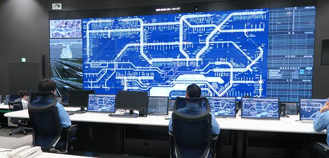 画像: 超ハイテク! 新しい道路管制センターの中身とは?